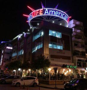 American LIFE Kocaeli izmit ingilizce kursu 291x300 - İzmit'in en çok tercih edilen ingilizce kursu